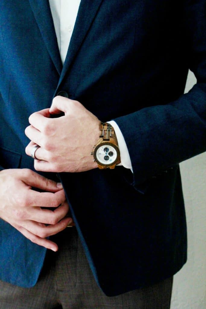 Searching for signs of spring? The new Conway Zebrawood & Dark Sandalwood men's watch from JORD is the perfect spring accessory. Check out this wood watch & enter to win one of your own! | TheMomFriend.com