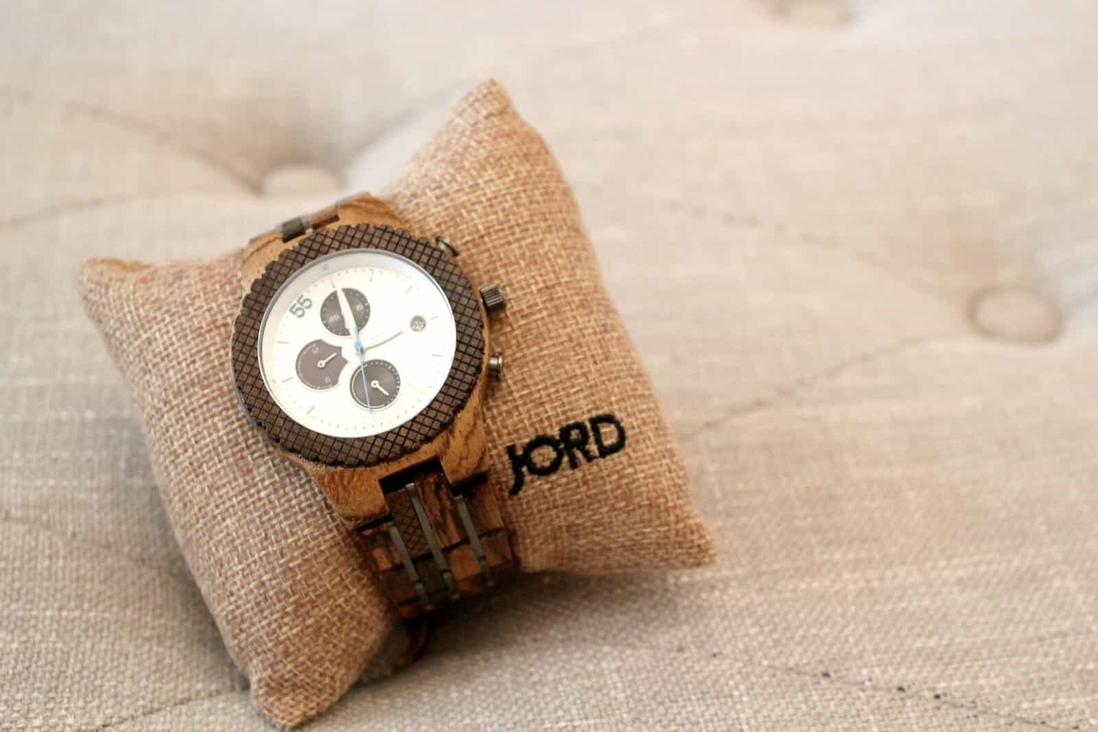 In Search of Signs of Spring (+ a Free JORD Watch Giveaway!)