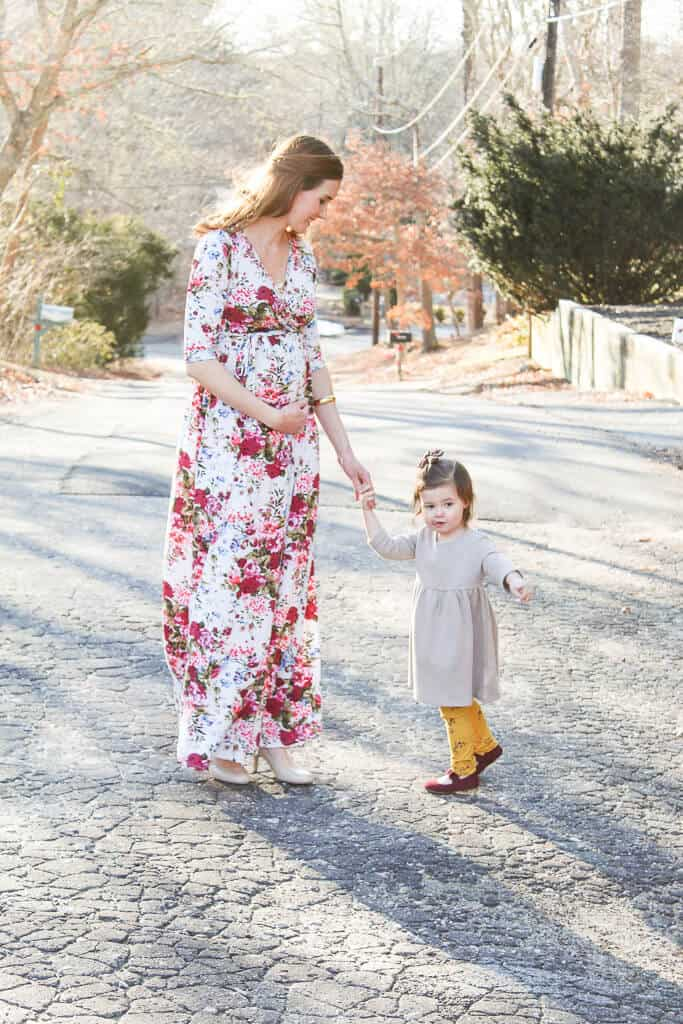 Gorgeous and nursing friendly spring floral maternity dress
