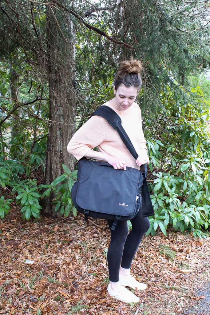 A review of the Obersee Madrid—a convertible diaper bag backpack with great organization features for moms and dads! #diaperbag #bestdiaperbags #babygear #babyregisty