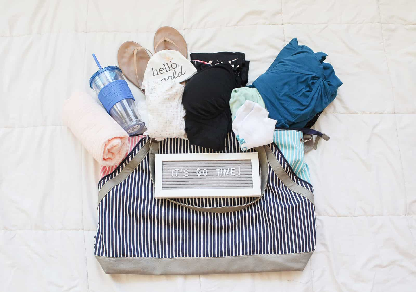 What I'm packing in my hospital bag for baby #2. Must haves for your hospital stay as a new mom!