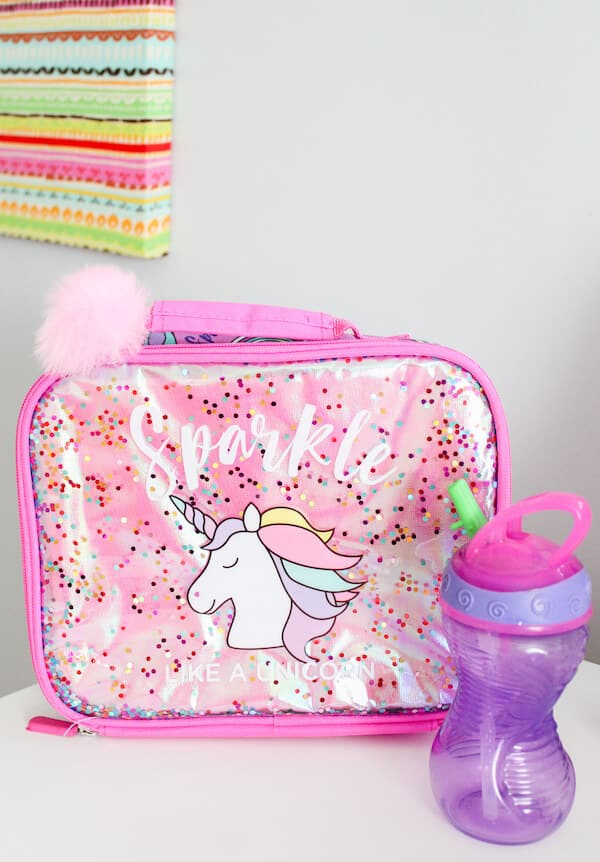 Sparkle unicorn lunch box for girls.