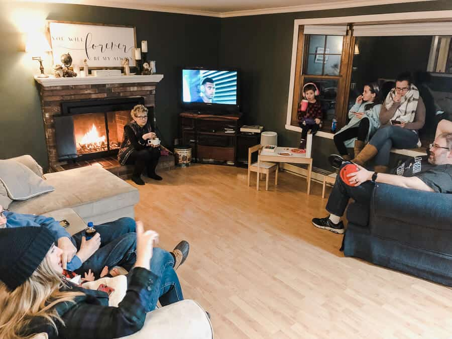 Easy Soup Party Ideas: Family in Living Room