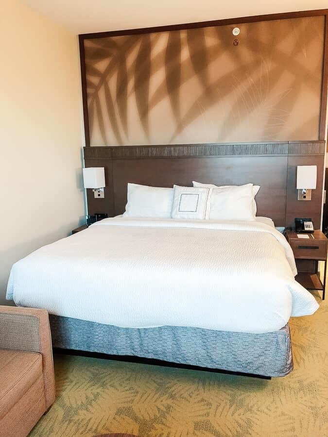 Bed in Hawaii hotel room.