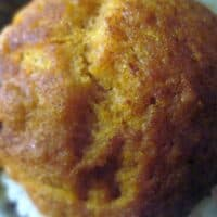 Easy Cinnamon Pumpkin Cake Muffins & VIDEO
