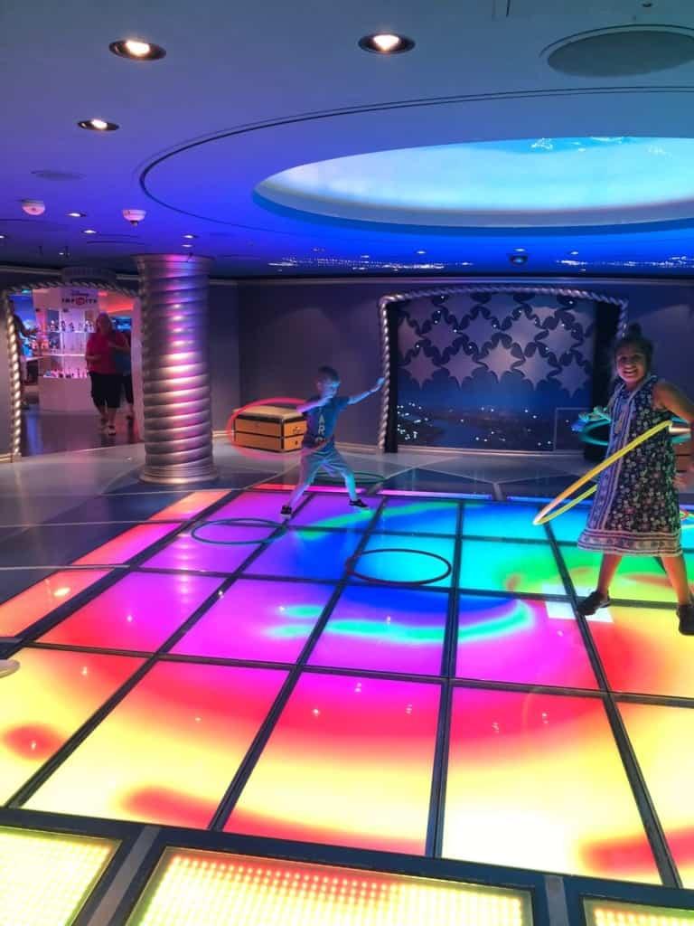 disney cruise oceaneers club light up dance floor