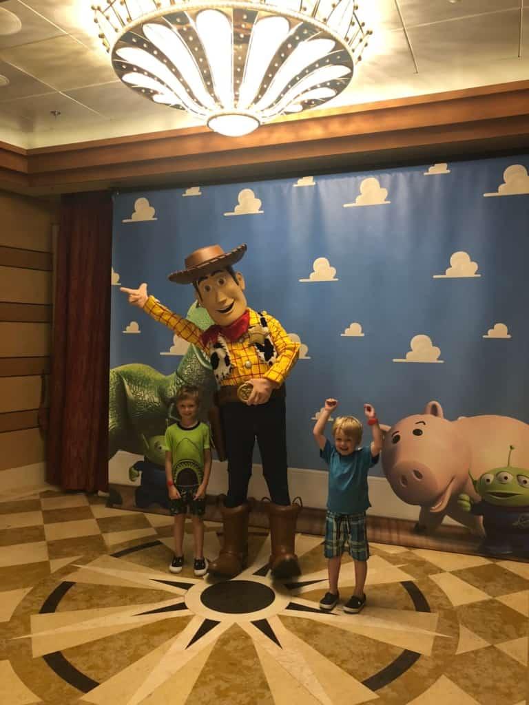 kids with Woody on Disney Dream