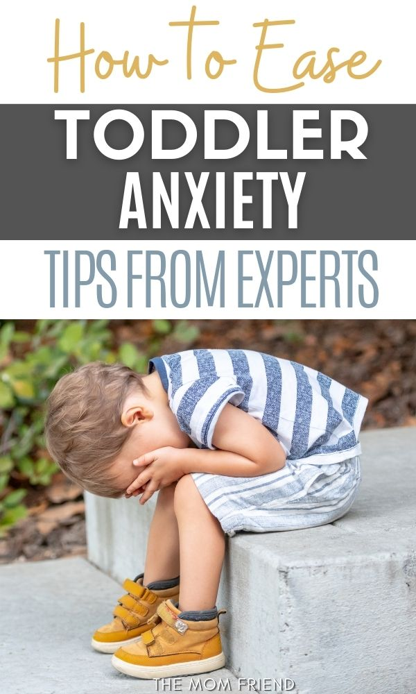 Text: How to easy toddler anxiety: tips from experts.